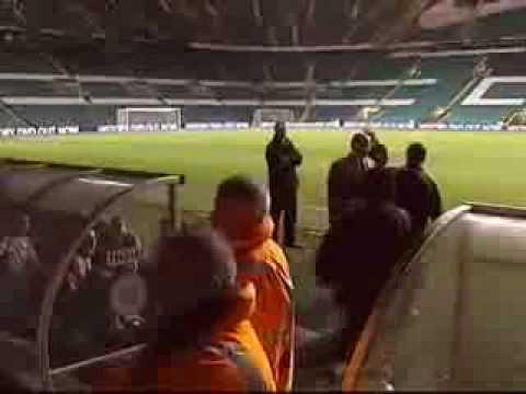 Maradona debuta con victoria al frente de la albiceleste