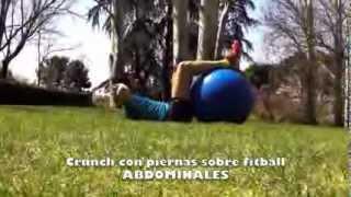 Crunch o Abdominales normales con piernas sobre fitball.