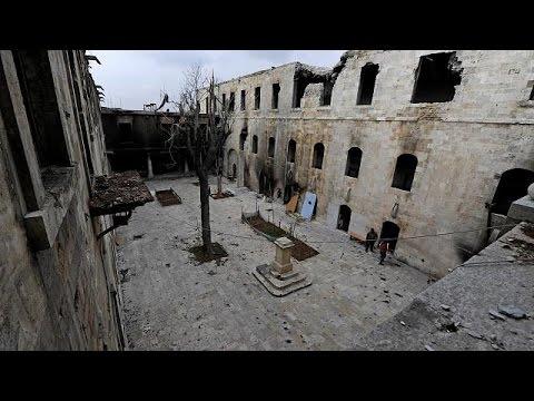 Πανηγυρισμοί στο Χαλέπι μετά την απελευθέρωση – Δεκάδες άμαχοι νεκροί μετά από τουρκικές επιδρομές