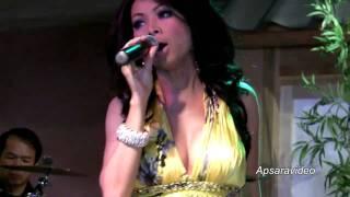 Molyna Lim is singing