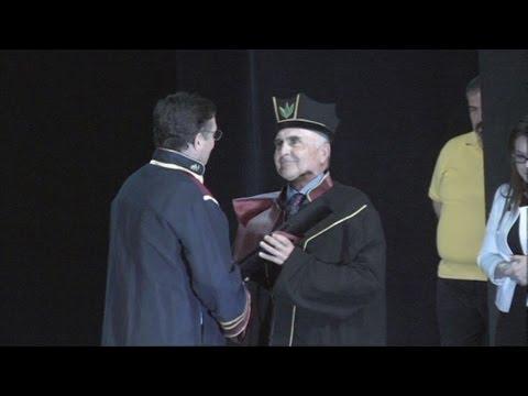 Επίτιμος Διδάκτορας στο Πανεπιστήμιο Πειραιώς ο Θ.Βασιλάκης