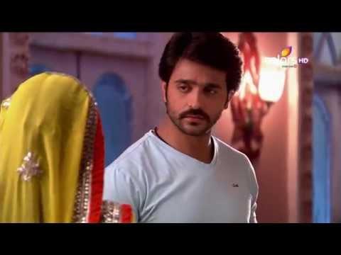 Video Rangrasiya - रंगरसिया - 22nd August 2014 - Full Episode(HD) download in MP3, 3GP, MP4, WEBM, AVI, FLV January 2017