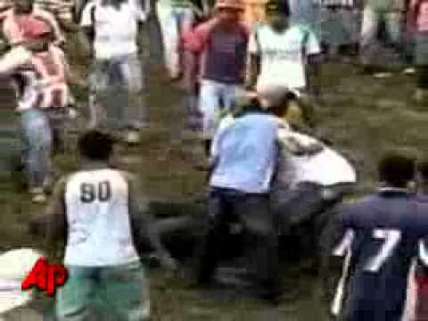 Crazy Columbian Bullfight!