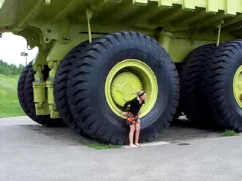 biggest truck in the world