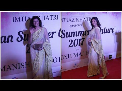 Sushmita Sen At Red Carpet Mijwan-Summer 2017 Show Host By Shabana Azmi