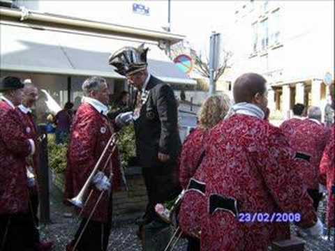 Les Harlekin de Bienne, habitués du carnaval d'Arlon