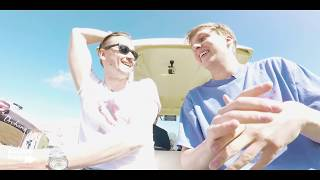 Nonton George Ezra - Buggy Interview at Isle Of Wight Festival 2017 Film Subtitle Indonesia Streaming Movie Download
