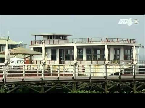 UBND TP Hà Nội yêu cầu xử nghiêm tàu thuyền cũ xả thải ra Hồ Tây