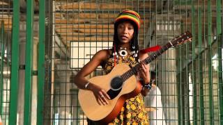 Download Lagu Fatoumata Diawara - Bissa Mp3