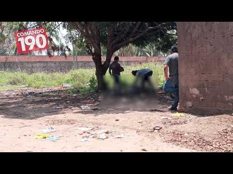 Homem é encontrado morto pendurado por uma corda dentro de terreno baldio, em Ji Paraná