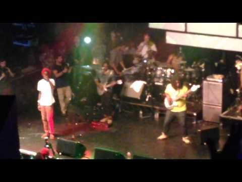 "Boomshots: Chronixx & Protoje ""Who Knows"" Live in London"