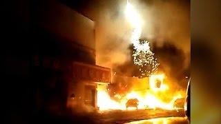 Нетерпеливый покупатель поджег фейерверк на пороге магазина