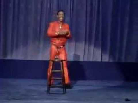 "Charlie Murphy Says ""Shup Up Bitch"" To Fan During Eddie Murphy Set"