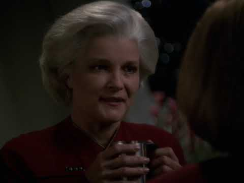 Admiral Janeway Beams Aboard USS Voyager (2378)