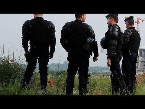 Γαλλία: Επιχείρηση εκκένωσης της περιοχής Νοτρ Νταμ ντε Λαντ…