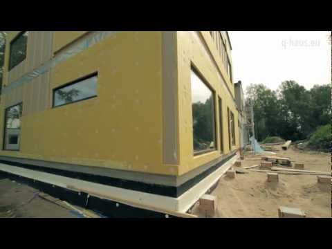 Q-haus video: Prefabricated wooden house