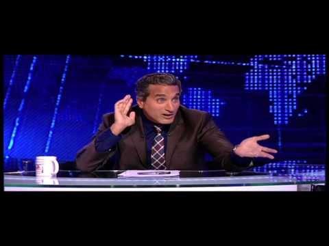 باسم يوسف يلخص الوضع السياسي في مصر بأغنية