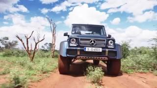 Mercedes-Maybach G650 Landaulet driving scenes