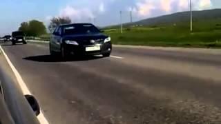 Video L' escorte de Vladimir Poutine lors de ses déplacements en russie MP3, 3GP, MP4, WEBM, AVI, FLV Juni 2017
