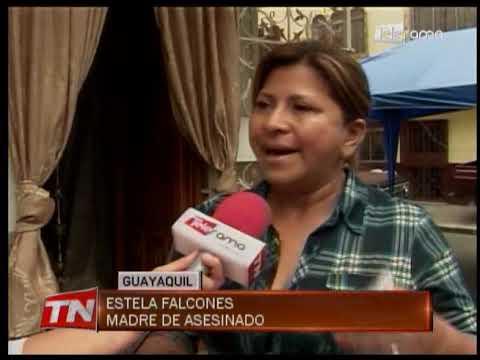 Piden justicia para expolicía asesinado en la cárcel de Latacunga