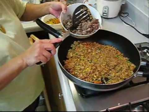 How to Make Fried Rice – Authentic Chinese Style! Fast and Easy recipe!