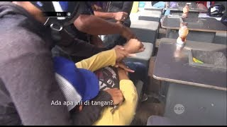 Video Asyik Nongkrong Depan Minimarket, Bandar Narkoba Ini Kaget Ditangkap - 86 MP3, 3GP, MP4, WEBM, AVI, FLV Januari 2019