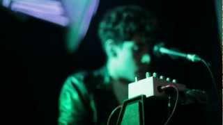 "Neon Indian ""deadbeat Summer"" (Subtitulos Ingles/Español)"