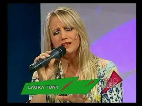 Laura Tuny video Se me escapó de las manos - Estudio CM 2016