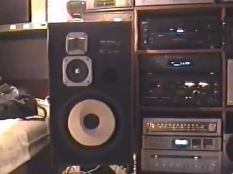 vintage Hifi - Here is an old video with my vintage hi-fi collection.I have to apologise for the poor picture quality.It's for vintage hi-fi fans.I hope you like it.