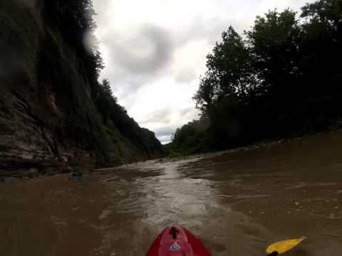 Cattaraugus Creek Zoar Valley – White Water Kayaking – ZVPC – 2013 – Gauge: 3.75′