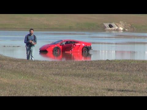 2000HP Lamborghini loses control into lake