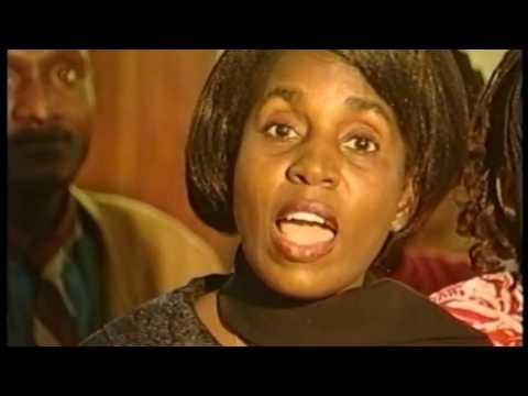 Charles MOMBAYA dans La Consécration ( 13 titres de Légende ) (видео)