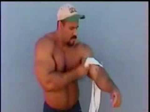 Muscle Webcams. Flexing on Webcam. Gay Cams. Live Men.