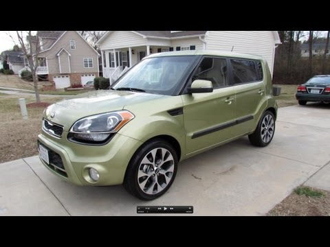 2013 Kia Soul ! Start Up, Exhaust, In Depth Review, and Brief Test Drive