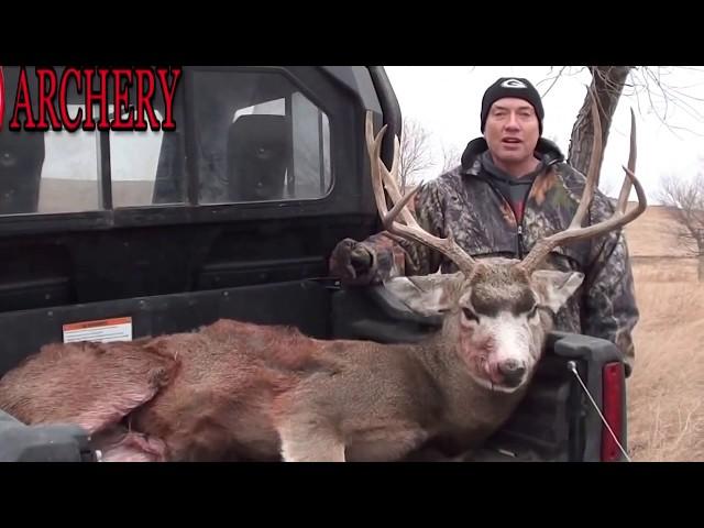 Bow hunting Mule Deer Spot & Stalk in SD
