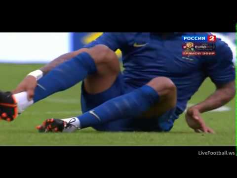Euro2012SKROTY - Yann M'Vila cries on the bench - injury - France - Serbia 2:0 - 31.05.2012 - Highlights.