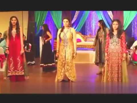 Video Padd mera pupu karda Shawa Wedding Song Most Funny Song YouTube download in MP3, 3GP, MP4, WEBM, AVI, FLV January 2017