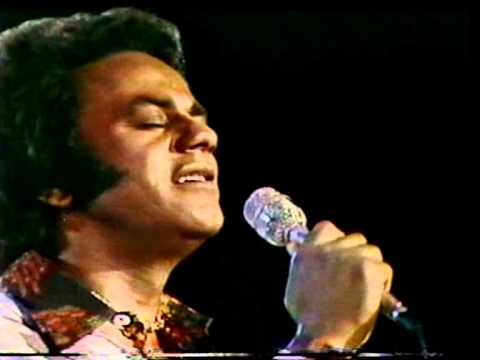 Johnny Mathis - West Side Story Medley - Canada 1978