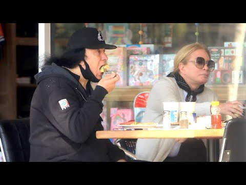 Gene Simmons And Shannon Tweed Enjoy Lunch In Bel Air As They Prepare To Leave California