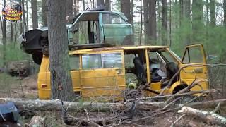 Video 70 Tahun Terjebak Di Tengah Hutan, isi Dalam Ribuan Mobil ini Bikin Merinding. TakDisangka Ada..... MP3, 3GP, MP4, WEBM, AVI, FLV Februari 2019