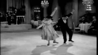 Video Dance rock com Celly Campello (Estúpido Cupido) download in MP3, 3GP, MP4, WEBM, AVI, FLV January 2017