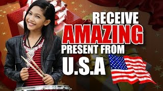 Video Amira VLOG - Receive Amazing Present From USA MP3, 3GP, MP4, WEBM, AVI, FLV Juni 2018