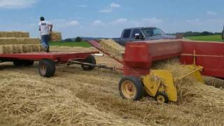 Video Making more small bales with the New Holland baler MP3, 3GP, MP4, WEBM, AVI, FLV Juli 2019