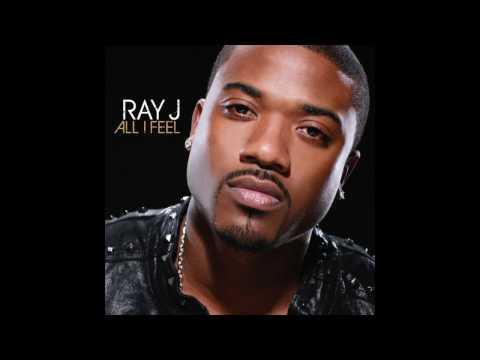 Tekst piosenki Ray J - Girl From The Bronx po polsku