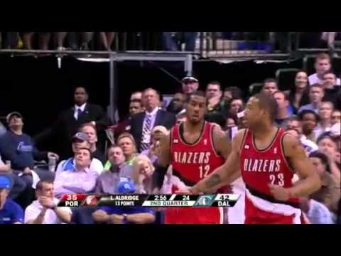 Game 1: Miller to Aldridge alley-oop dunk against Mavericks