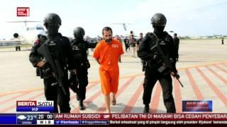 Dua napi asal Bulgaria dan India yang kabur dari Lapas Kerobokan Bali tiba di Bandara I Gusti Ngurah Rai, Bali. Keduanya ditangkap di Timor Leste dan ...