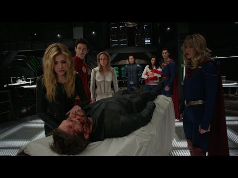 A Hero Falls | Crisis On Infinite Earths Part 1 | Supergirl