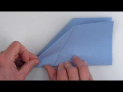 "How to fold the world-record-setting paper airplane ""Suzanne"""