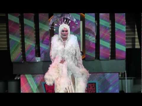WIGGLE 2012 - Joan E Drag Performance