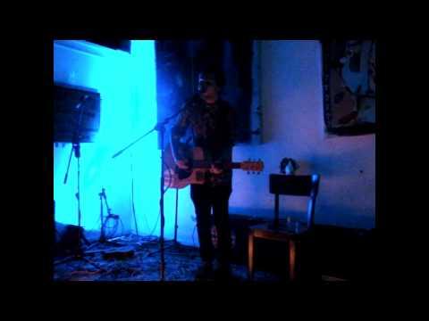 Bennie James - Listen Closely